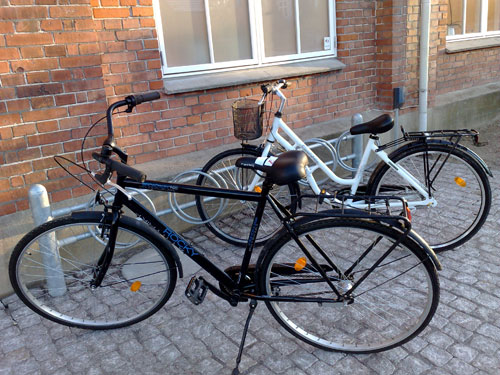 It is an amazing coincidence and some say we are so lucky. 6 and 4 months ago our brand new bicycles were stolen at the Odense central station.